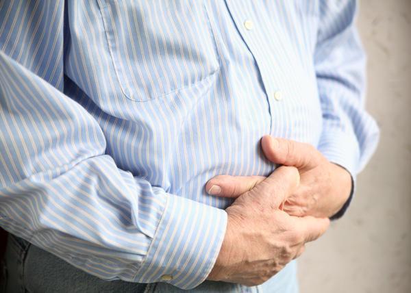 Боль в животе выше пупка: причины, что находится в центре, что болит у мужчин