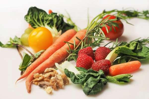После еды болит правый бок под ребрами: причины